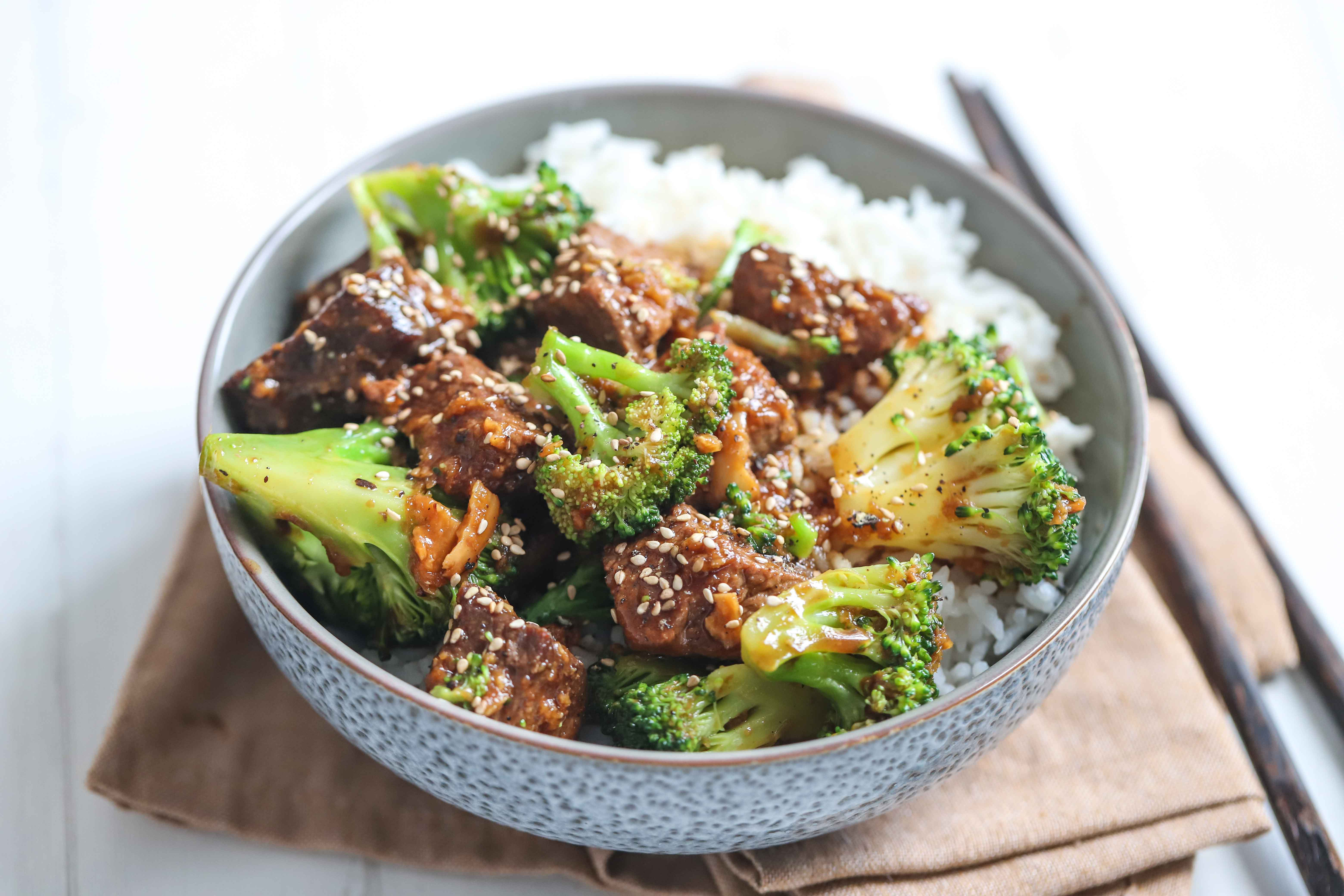 Want a healthy dinner? Try beef and broccoli stir fry