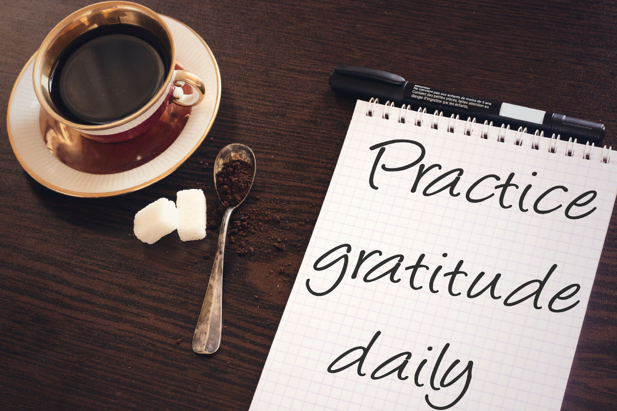 There are many benefits of gratitude. Practiced daily it could help you become less stresses, sleep better and even lose weight.